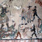 Los frescos pintados al interior del templo fueron realizados en el siglo XVIII, seguramente por los mismos habitantes bajo la guía de un sacerdote.